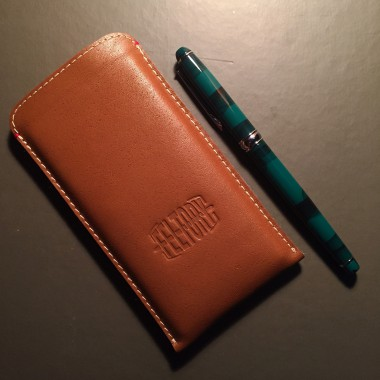 """Кожаный чехол """"Feltory"""" коричневый для iPhone 6/6S"""